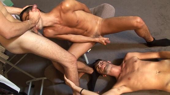big ejaculation entre garcons