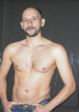 karl-sensual